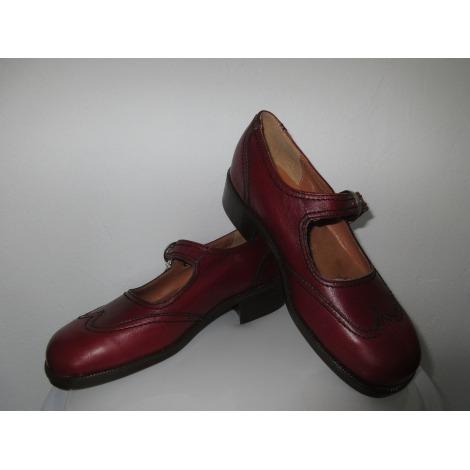 Chaussures à boucle LE LOUP BLANC Rouge, bordeaux