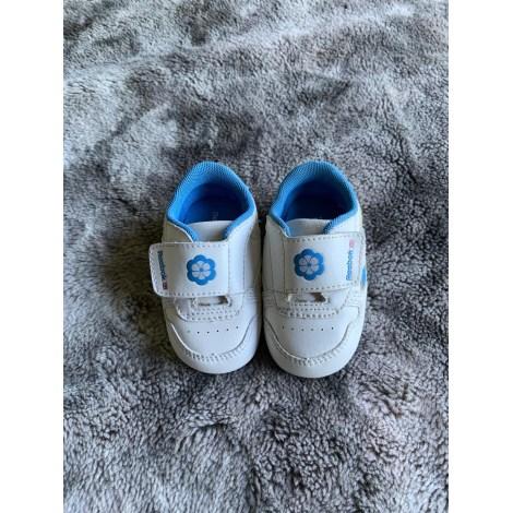 Baskets REEBOK Blanc et bleu