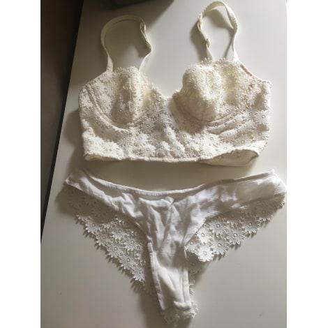 Ensemble, parure lingerie ABSOLUTELY PÔM Blanc, blanc cassé, écru