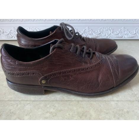 Chaussures à lacets DIESEL Marron