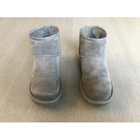 Bottines & low boots plates UGG Gris, anthracite