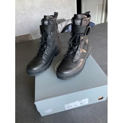 Bottines & low boots plates PALLADIUM Noir