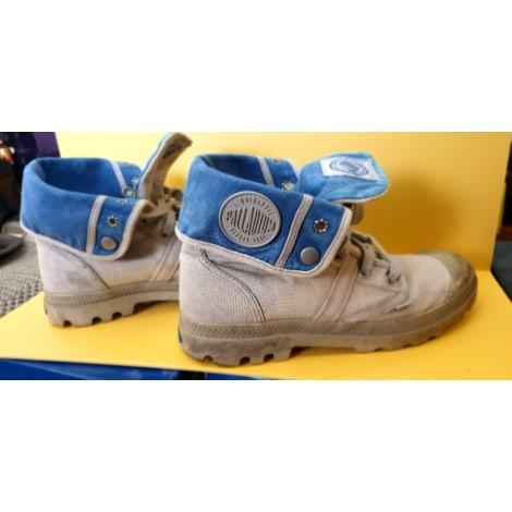 Chaussures à lacets PALLADIUM gris avec l'intérieur bleu