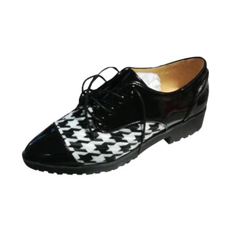 Chaussures à lacets  MELLOW YELLOW Noir