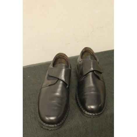 Chaussures à lacets FLUCHOS Noir