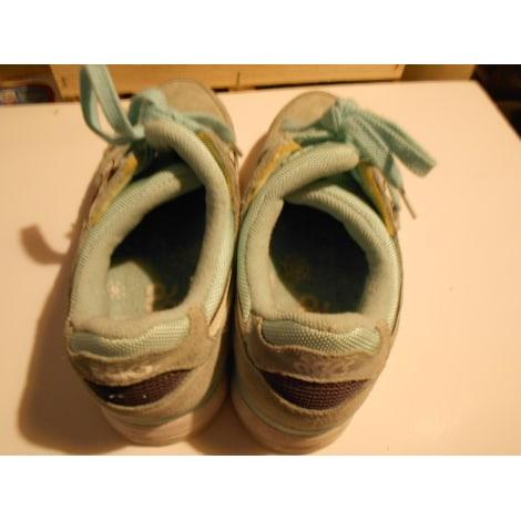Chaussures de sport ASICS Vert