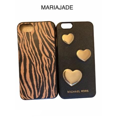 Etui iPhone  MICHAEL KORS Noir