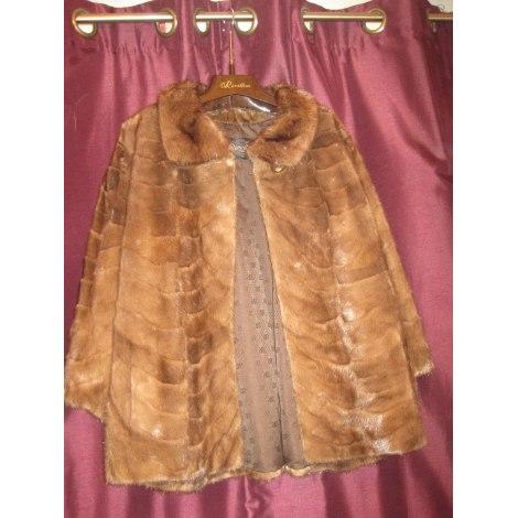 Blouson, veste en fourrure REVILLON Beige, camel
