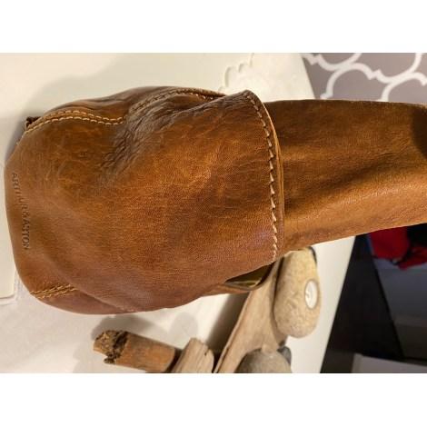 Sac en bandoulière en cuir ARTHUR & ASTON Marron