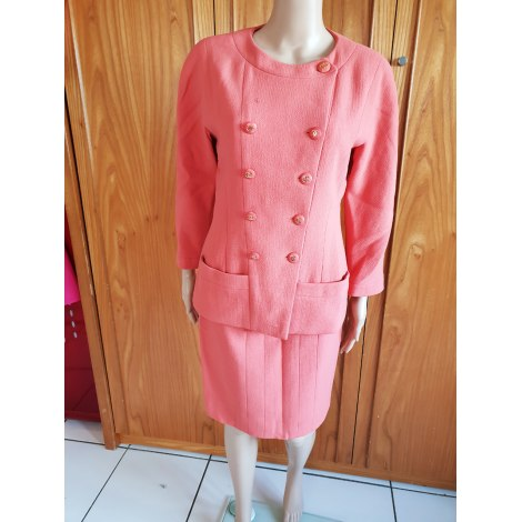 Tailleur jupe CHANEL corail