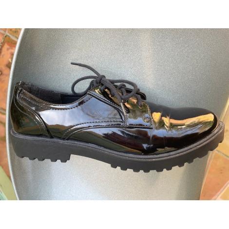 Chaussures à lacets  LIBERTO Noir