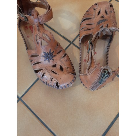 Sandales plates  PIKOLINOS Marron