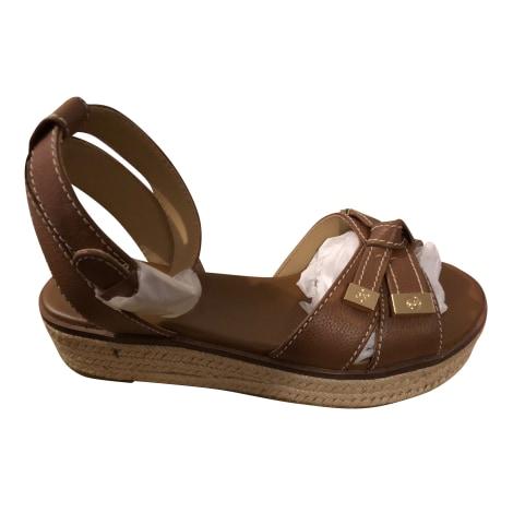 Sandales compensées MICHAEL KORS Marron