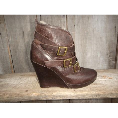 Bottines & low boots à compensés MAJE Marron