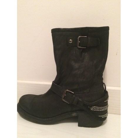 Bottines & low boots plates JANET SPORT Noir