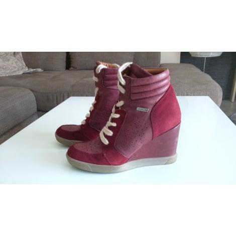 Chaussures à lacets  BEE FLY Rouge, bordeaux