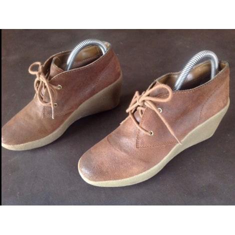 Bottines & low boots à compensés CLARKS Marron vintage