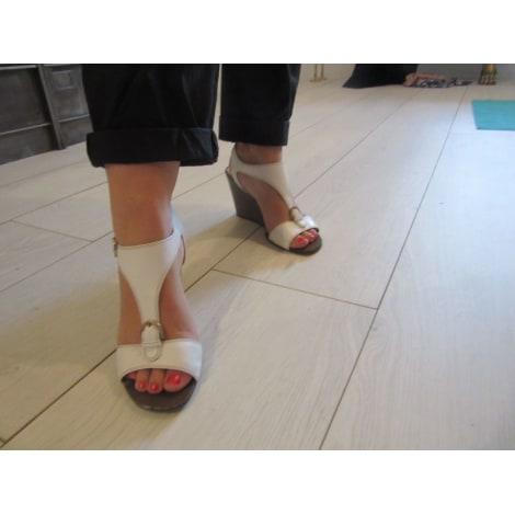 Sandales compensées SERGIO ROSSI Blanc, blanc cassé, écru
