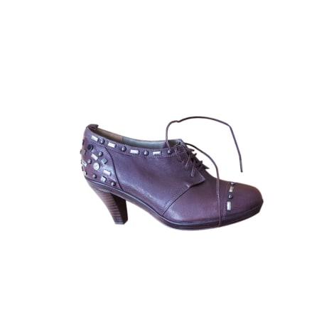 Chaussures à lacets  ARMAND VENTILO Rouge, bordeaux