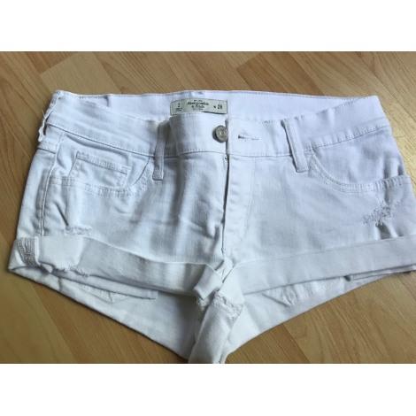 Short en jean ABERCROMBIE & FITCH Blanc, blanc cassé, écru