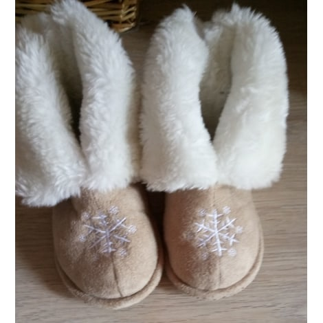 Slippers MARQUE INCONNUE Beige, camel