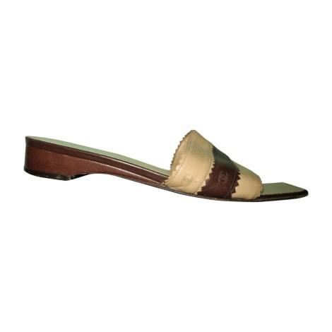 Sandales plates  CHANEL Beige, camel