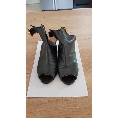 Bottines & low boots à compensés JB MARTIN Noir