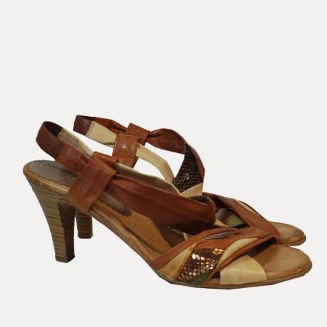 Sandales à talons MARQUE INCONNUE Beige, camel