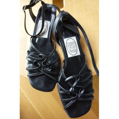 Sandales plates  EMMA HOPE Noir