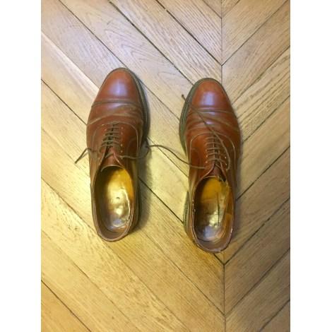 Chaussures à lacets MARQUE INCONNUE Marron