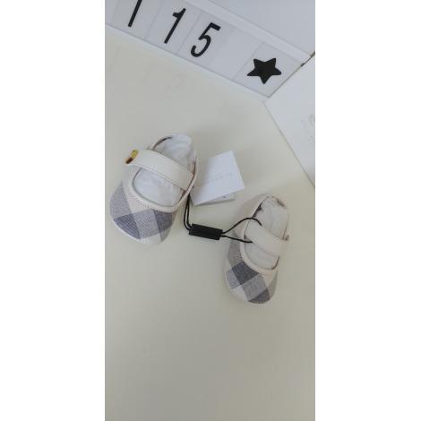 Ballerines BURBERRY Blanc, blanc cassé, écru