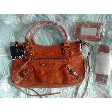 sac main en cuir shop lush marron vendu par elise 243067 1755234. Black Bedroom Furniture Sets. Home Design Ideas
