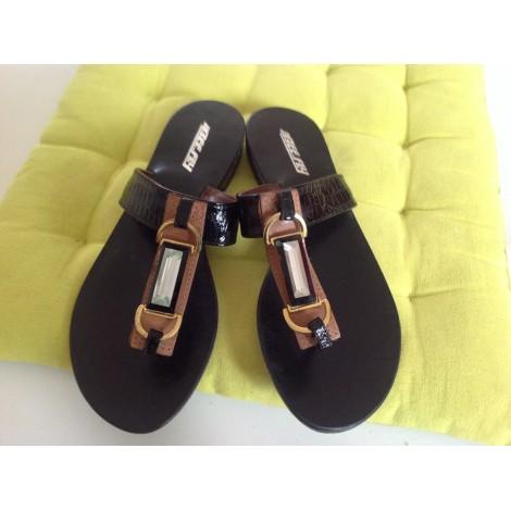 Sandales plates  BEE FLY Noir
