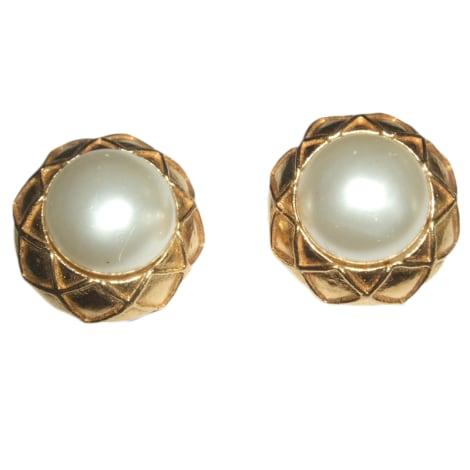 ohrringe chanel gold vendu par gladys 2108960 3920596. Black Bedroom Furniture Sets. Home Design Ideas