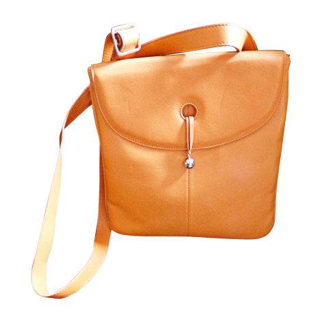 sac en bandouli re en cuir renouard orange vendu par castine 4641153. Black Bedroom Furniture Sets. Home Design Ideas
