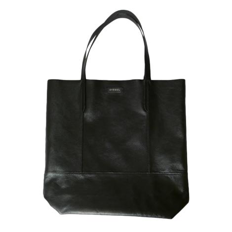 sac main en cuir diesel argent vendu par cahuette33229 4882808. Black Bedroom Furniture Sets. Home Design Ideas