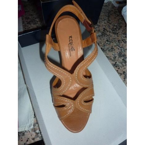 Sandales à talons REQINS Beige, camel