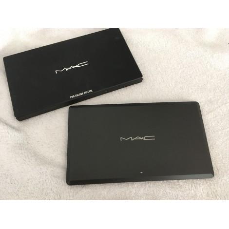 lidschatten mac cosmetics noir vendu par d 39 emma dangers474005 5241025. Black Bedroom Furniture Sets. Home Design Ideas