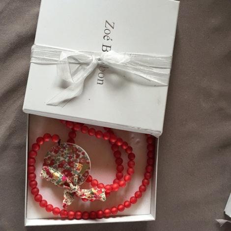 sautoir zo bonbon rouge vendu par aolive 5351633. Black Bedroom Furniture Sets. Home Design Ideas