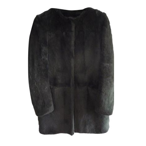 manteau en fourrure maje 36 s t1 noir vendu par le vide dressing de chriss136552 5782326. Black Bedroom Furniture Sets. Home Design Ideas