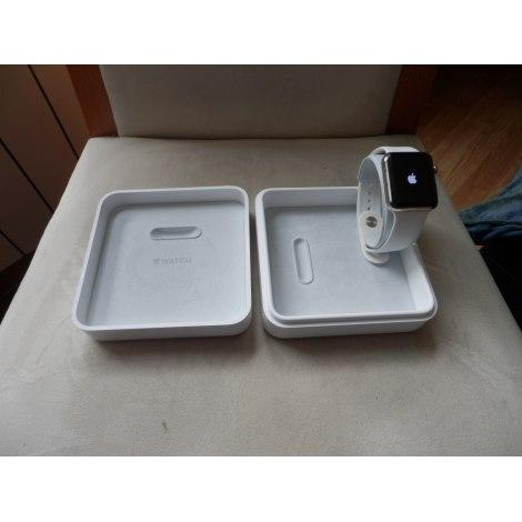 armbanduhr apple wei 6827693. Black Bedroom Furniture Sets. Home Design Ideas