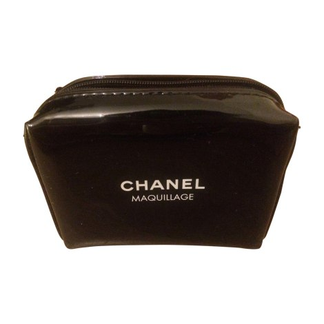 f049ffd726de Chanel Maquillage Makeup Bag | Saubhaya Makeup