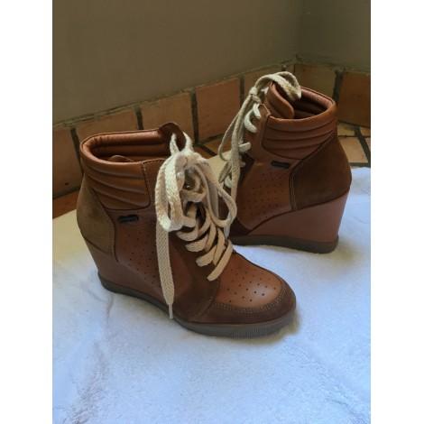 Bottines & low boots à compensés BEE FLY Beige, camel