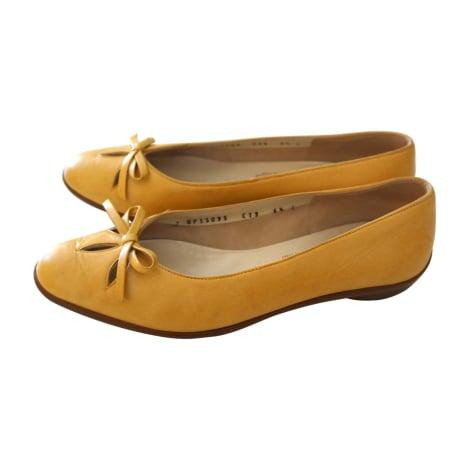 Ballet Flats SALVATORE FERRAGAMO Yellow