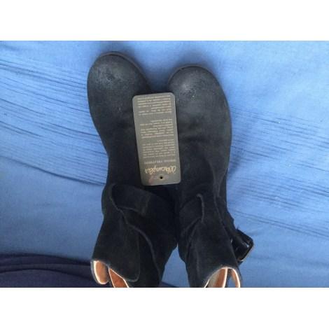 Santiags, bottines, low boots cowboy WRANGLER Noir