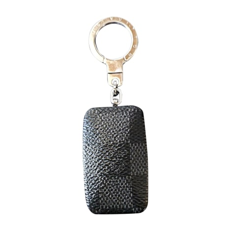 Keyring LOUIS VUITTON Gray, charcoal