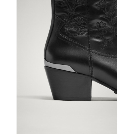 ee166cd9e1f Cowboy Ankle Boots