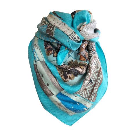 Foulard HERMÈS Bleu, bleu marine, bleu turquoise