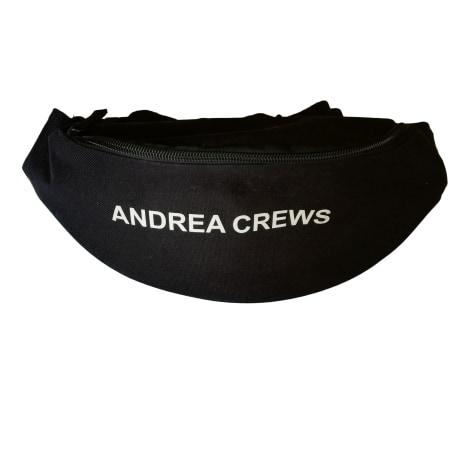 Pochette ANDREA CREWS Noir