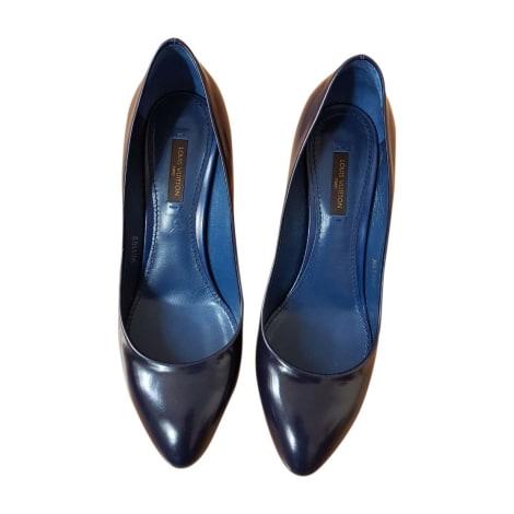 Escarpins LOUIS VUITTON Bleu, bleu marine, bleu turquoise